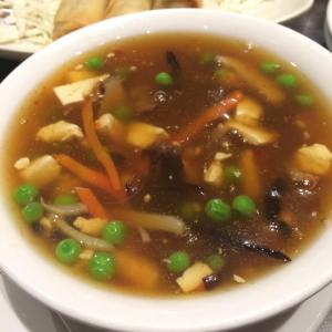 we also enjoyed some delicious hot and sour soup, which is actually something i don't normally go for! so good.
