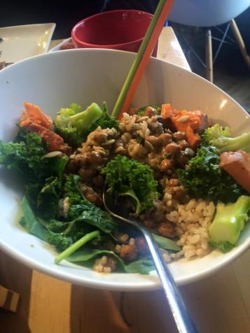 My madre's YOGA BOWL at Communitea. Kale, masala chickpeas, yams, and broccoli on rice, and maple tahini.